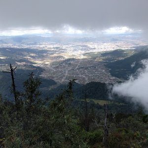 Below the clouds on Volcán Santa María